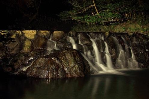 箕面の山道 夜3