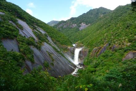 屋久島2日目昼11千尋の滝
