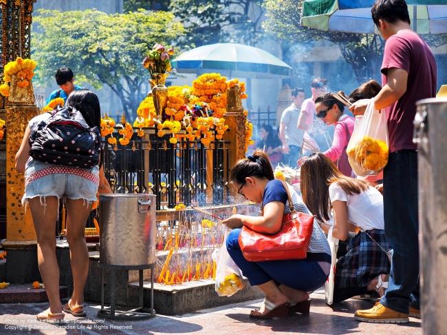 エーラーワンの祠(ターオ・マハー・プラマ、Thao Maha Brama)にて