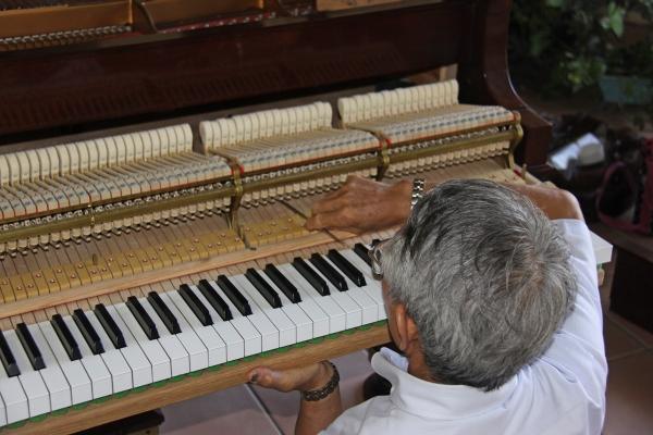 松永ピアノa02