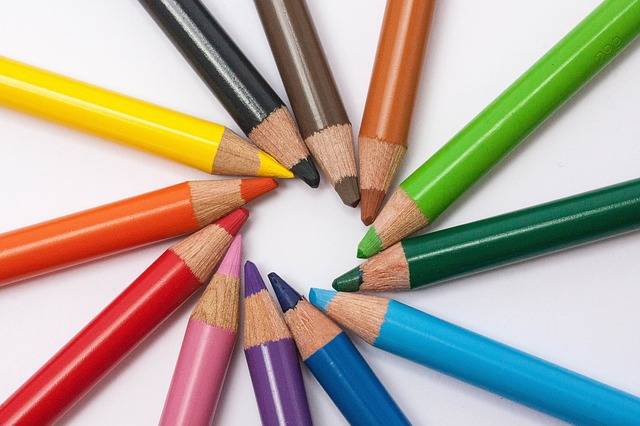 colored-pencils-374771_640.jpg