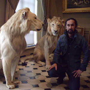 KT-with-Lion.jpg