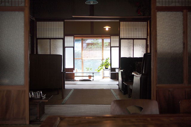 cafe b013
