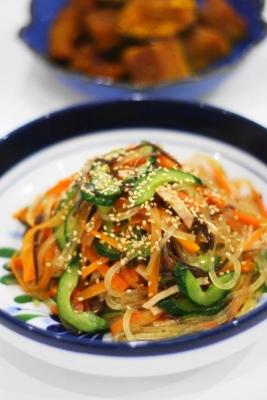 鍋ひとつで作るマロニーとたっぷりニンジンの中華サラダ1