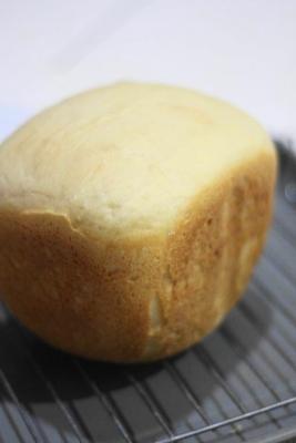 8枚切りにできる、もっちりしっとり早焼き豆乳食パン2