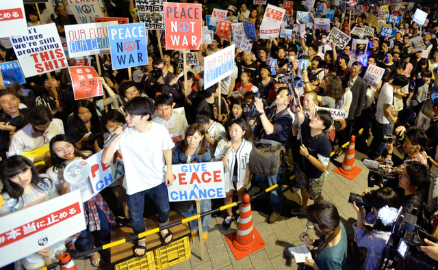 SEALDs @SEALDs-4-
