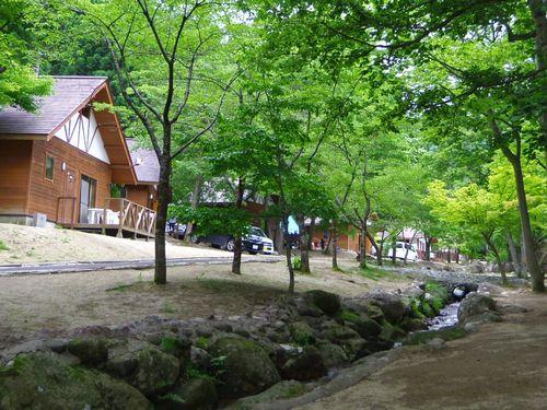 丸森不動尊公園キャンプ場6コテージ
