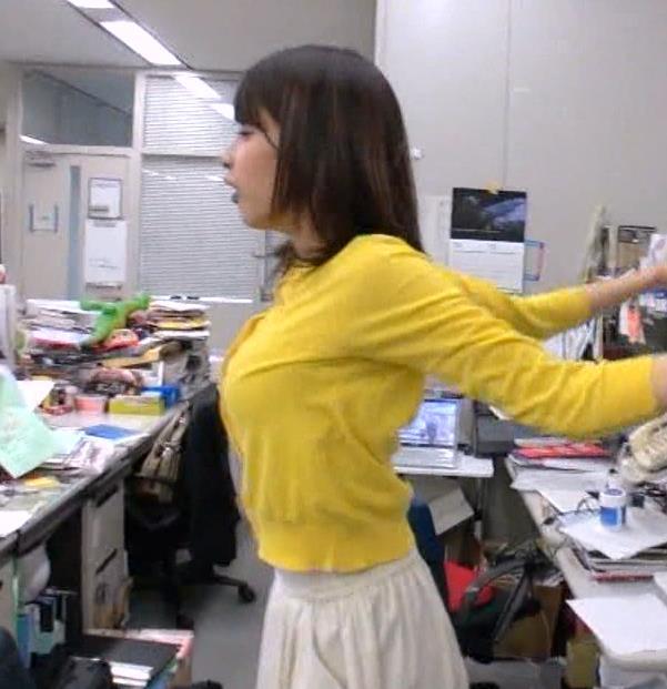 加藤綾子 横乳キャプ・エロ画像7