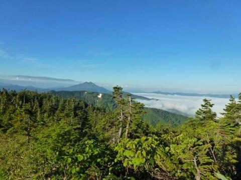 雲海と燧ケ岳