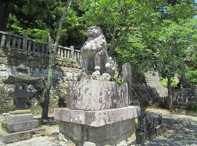 戸隠神社中社狛犬
