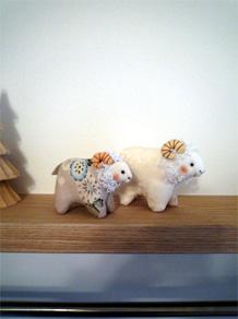 お手製の布羊