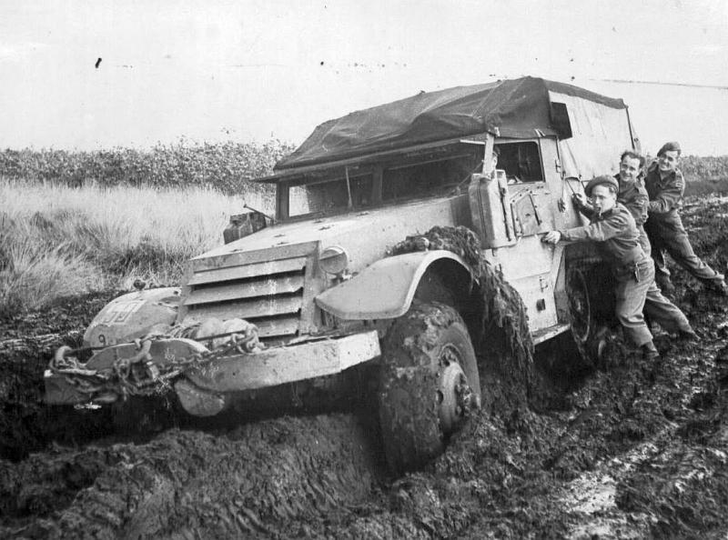 mud-halftrk.jpg