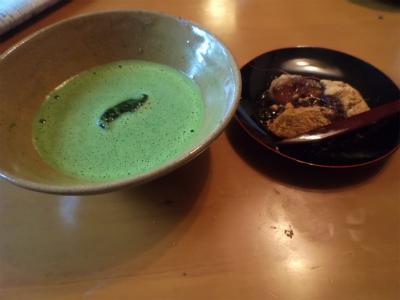 8.11わらび餅と冷抹茶