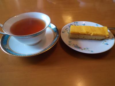 8.17レモンケーキと紅茶