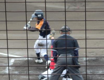 P71600455回裏県庁1死二、三塁から遊ゴロ内野安打で同点