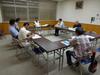 役員会で当面の活動と役割分担を確認