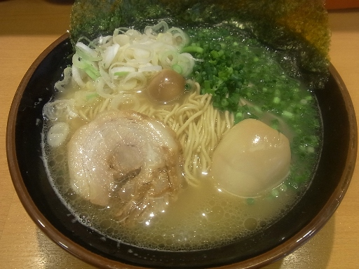 鶏そば(味玉付)