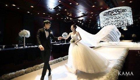 ユンサンヒョンとメイビー結婚式