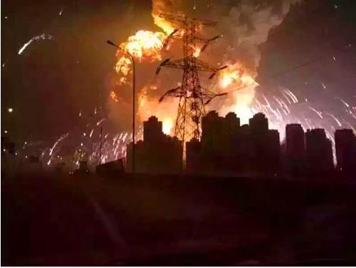 2015-8-19天津の爆発事故福島香織さんの記事写真