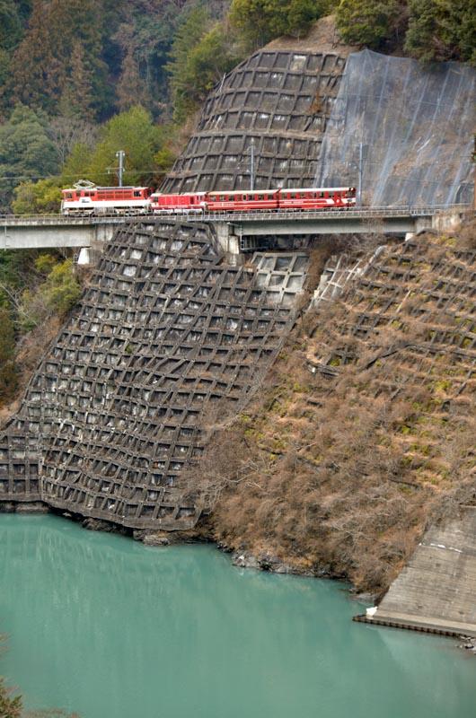 アプトいちしろ~長島ダム(接阻峡温泉行き207レ)