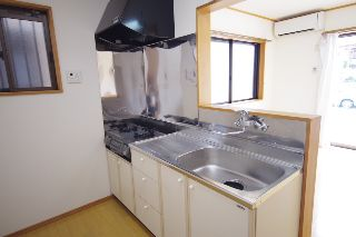 キッチン (1)