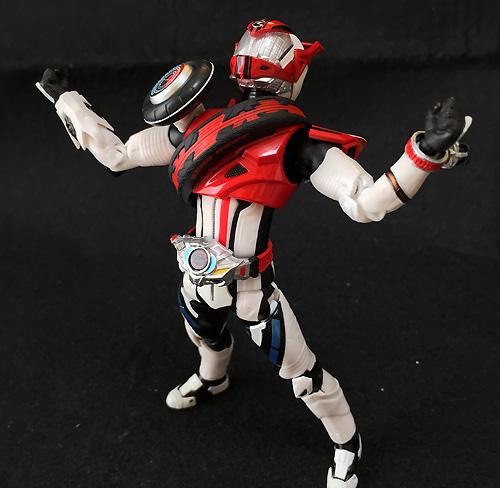 S.H.フィギュアーツ 仮面ライダードライブ タイプデッドヒート 約145mm ABS&PVC製 塗装済み可動フィギュア