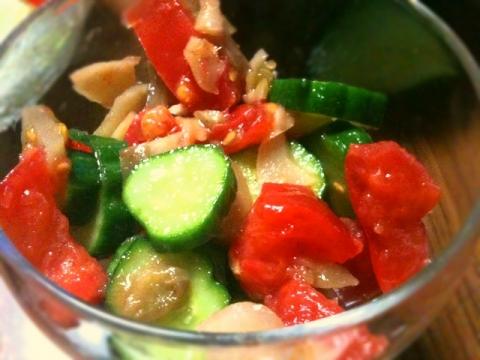 2012年4月28日 きゅうりとトマトとザーサイの和え物