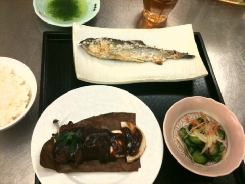 2012年6月26日 鮎の塩焼き・たで酢添え、牛肉の朴葉焼き、うざく