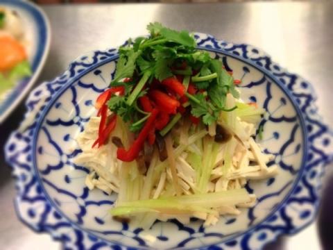 2013年4月9日 豆腐干の和え物