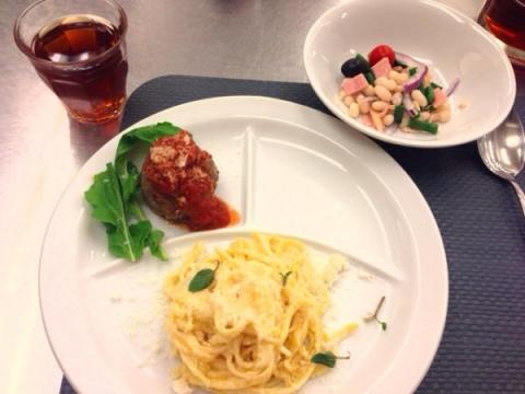 2014年4月13日 白インゲン豆のサラダ、牛肉のポルペッティーニ、レモンスパゲティ