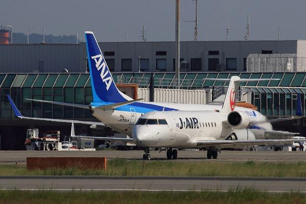 JLJ CRJ-200ER JA207J RJOM 01
