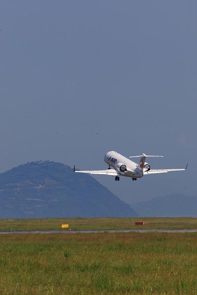 JLJ CRJ-200ER JA207J RJOM 05