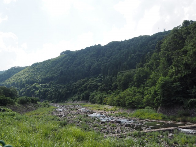 あがつま川