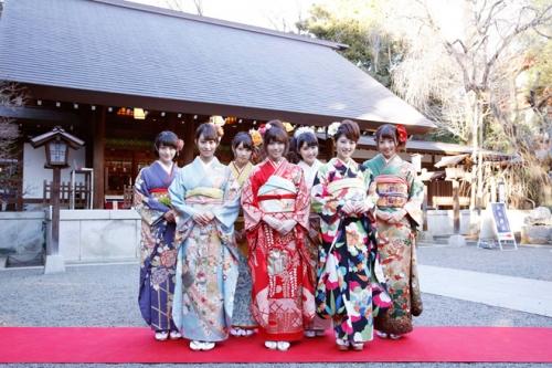 乃木坂46「自称・花の94年組」が乃木神社で成人式。4