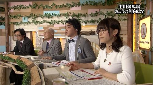 鷲見玲奈(24)テレ東に彗星の如く現れた美巨乳アナ 露出ノリノリ過激化必至!5