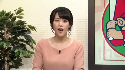 鷲見玲奈(24)テレ東に彗星の如く現れた美巨乳アナ 露出ノリノリ過激化必至!7