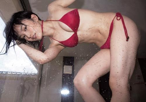 【NMB48】山本彩、2nd写真集『SY』がオリコン写真集部門で初首位!3