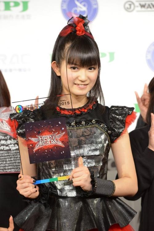 CDショップ大賞に「BABYMETAL」 SU-METAL「すごくドキドキ」1