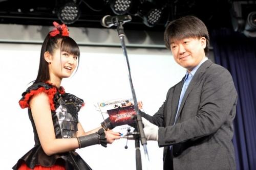 CDショップ大賞に「BABYMETAL」 SU-METAL「すごくドキドキ」9