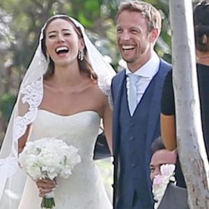 F1ジェンソン・バトンと道端ジェシカさん結婚