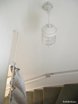 階段の照明3