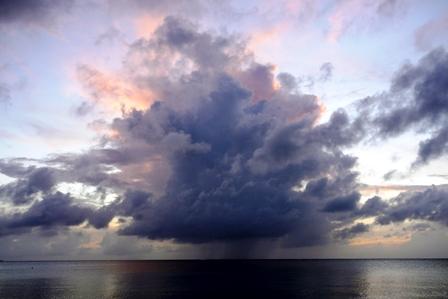 7月5日ダイナミック雲 P1040972
