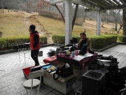 鏡山公園でアコーディオン20150225