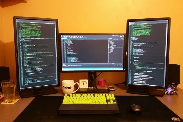 PCdesk_MultiDisplay52_73.jpg
