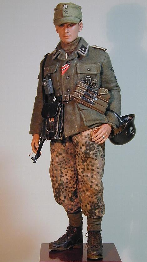 Waffen-Scharführer der SS_estnische Nr.1_01