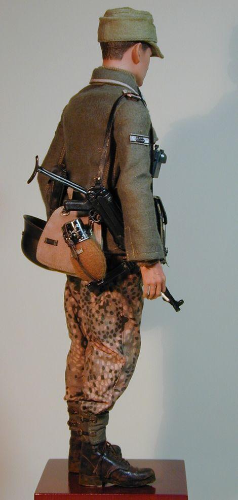 Waffen-Scharführer der SS_estnische Nr.1_06