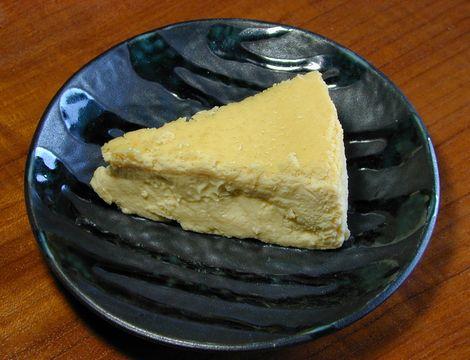 萬吉禎_自家製チーズケーキ