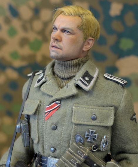 SS-Scharführer_3SS_Totenkopf_02