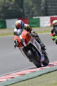 RC8R 2015鈴鹿8H耐久 1スティント目 (2)