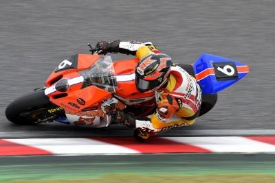 RC8R 2015鈴鹿8H耐久 6スティント目 (2)